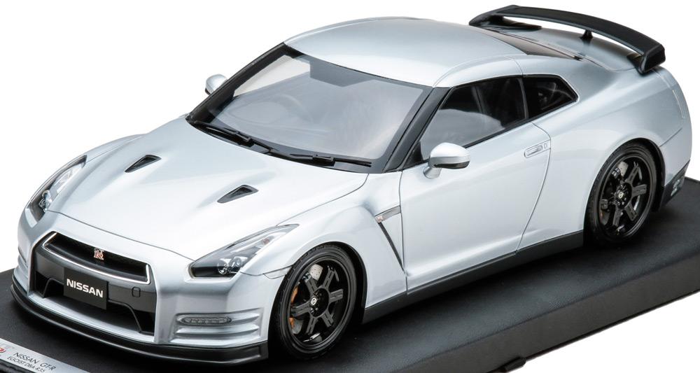 日産 GT-R R35 エゴイスト シルバー
